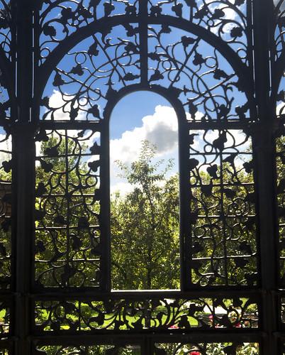 rose garden landscape wroughtiron gazebo muncie minnetrista