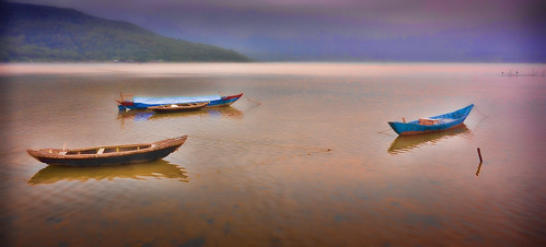 boats danang dreamy holidays mangojouneys riverscapes serenity topazlabs vietnam