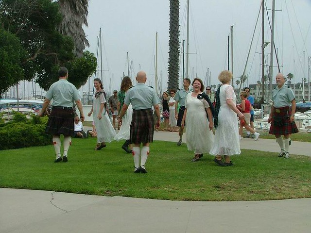 C_Scottish Country Dancers 120
