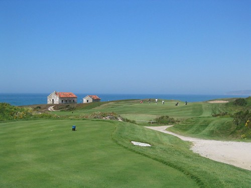 Praia D'El Rey golf course | by grubsroom