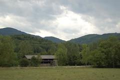 Écurie et montagnes de l'Ariège | by La case photo de Got