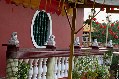 003b Guardian Lions,  Lim Fah San Monastery, Kuching, Sarawak   by davidvictor513