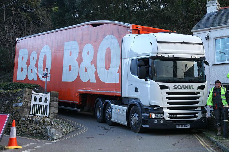 B&Q03c