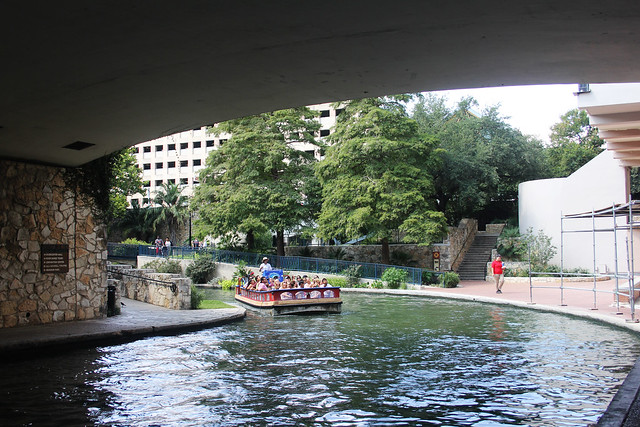 Riverwalk Boat Tour