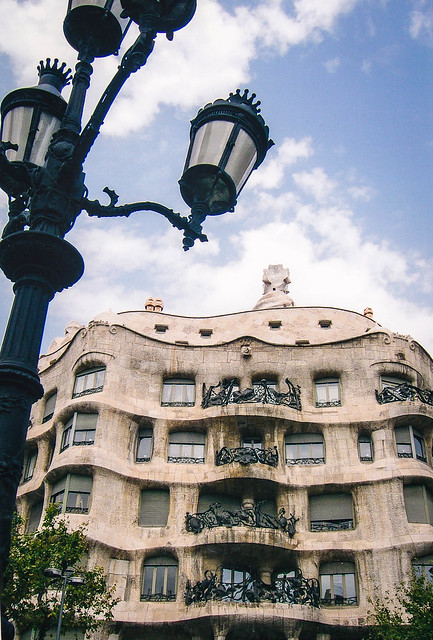 Casa Mila, 2004