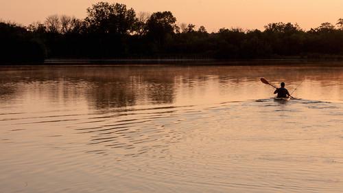 sunrise august paddling cookcountyforestpreserves becklakewoods
