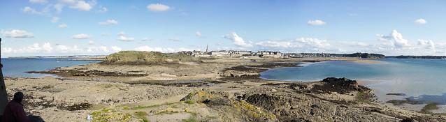 St Malo Low tide Panorama