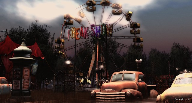The Freak Show - New Adult Hangout: A new hangout, come to take a look!!