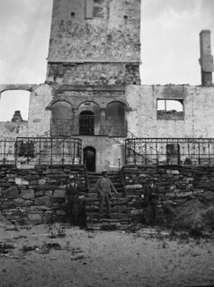 Austråttborgens brannruiner (ca. 1917)