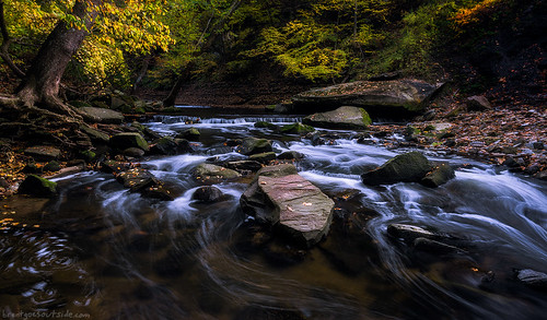 longexposure travel autumn ohio fall nature water creek river landscape waterfall nikon october cleveland wideangle cascades metropark 2015 d610 tinkerscreek bedfordreservation