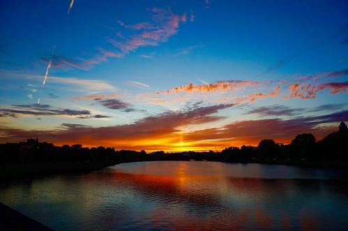 pink sunset sky boston clouds ma dusk massachusetts charlesriver newengland bluehour cambridgema andersonbridge pw riverbendpark