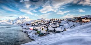 Nuuk and Sermitsiaq | by bredsig