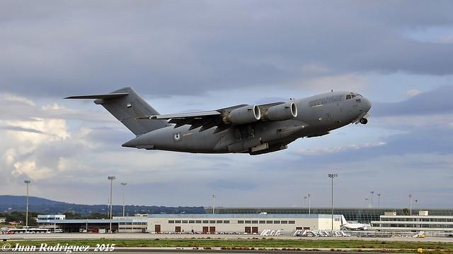 1228 United Arab Emirates Air Force Boeing C-17A Globemaster III