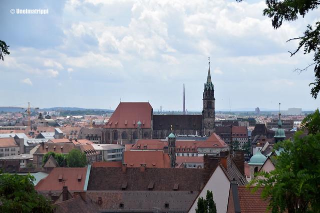 Kaupunkinäkymä Nürnbergin linnalta