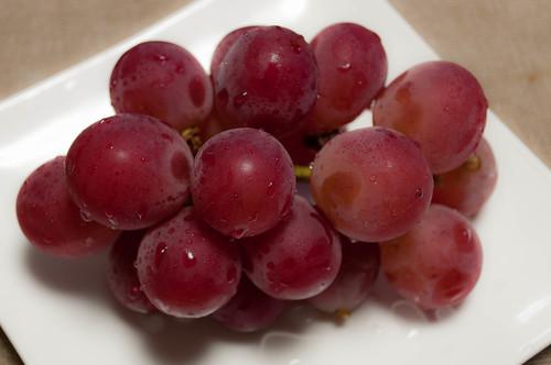 'Ruby Roman' japanese grape