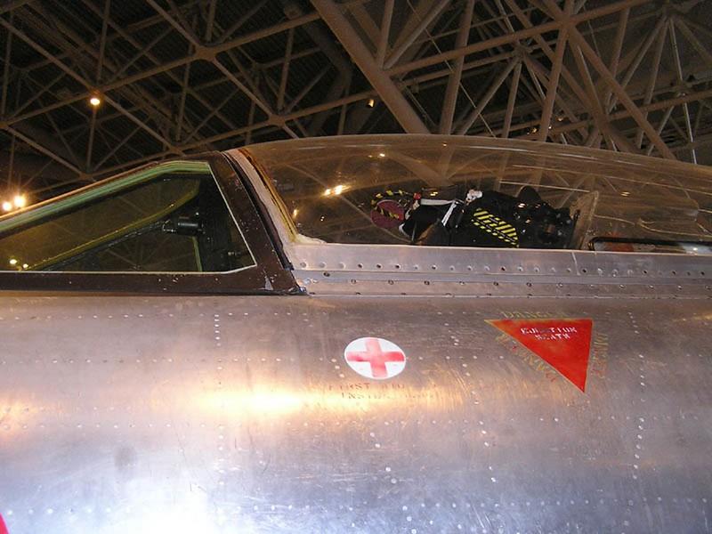 Avro CF-100 Canuck 5