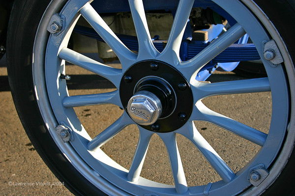 1915 Overland Speedster, wheel