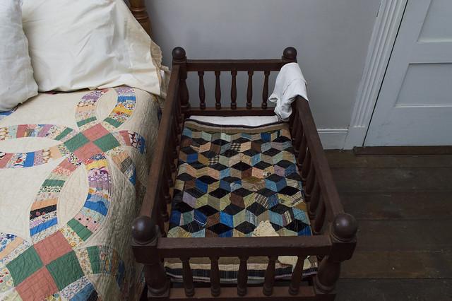 Tumbling Blocks Crib Quilt
