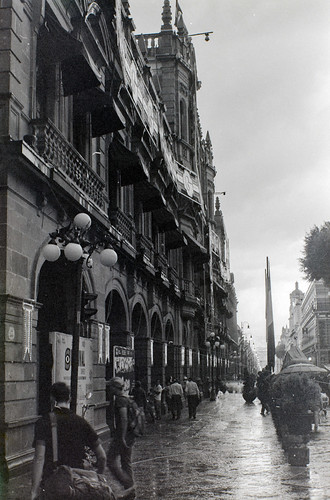 Lateral del palacio municipal de Puebla, Mex.