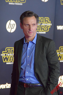 Tony Goldwyn at the World Premiere of Star Wars The Force Awakens Red Carpet #StarWars - DSC_0162 | by RedCarpetReport