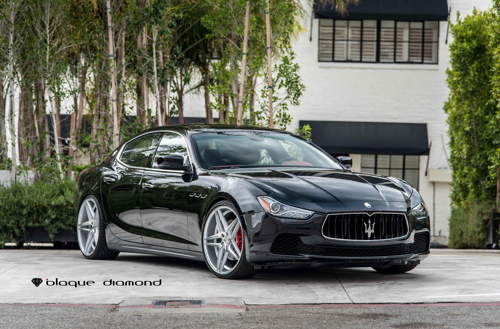 2016_Maserati_Ghibli_Black_BD8_20_Inch_Silver_Machine_Face-2