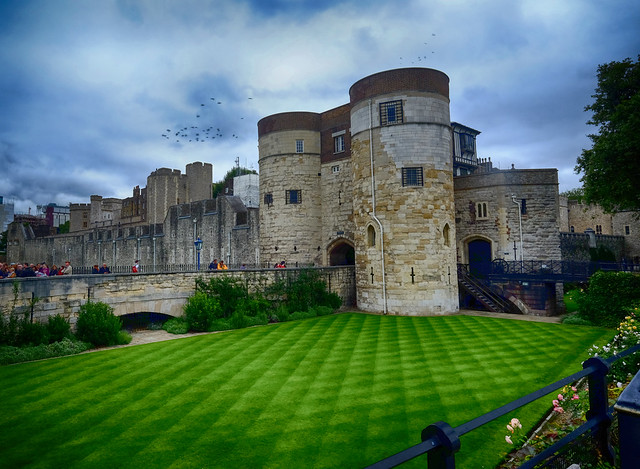 Her Majesty's Royal Palace and Fortress in London, England