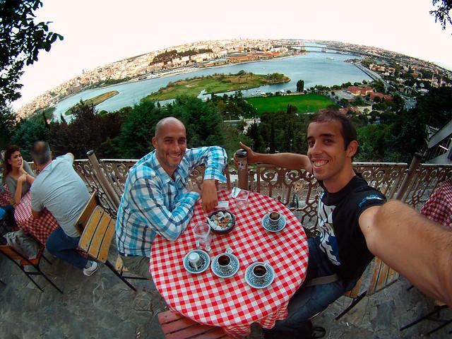 Cafelito desde el mirador de Pierre Loti en Estambul