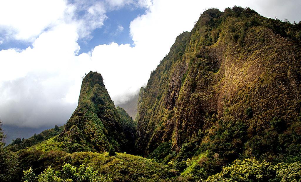 Camping in Hawaii - Bernard Spragg
