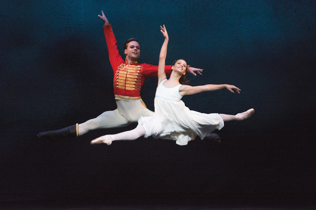 Alexander Campbell as Hans Peter and Francesca Hayward as Clara in The Nutcracker © ROH / Tristram Kenton 2013