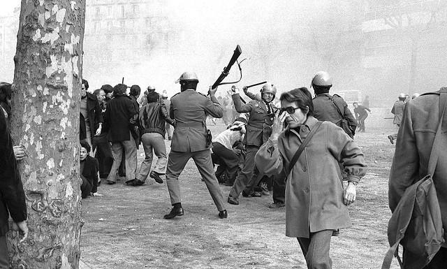 MANIFESTACIO LLIBERTAT, AMNISTIA, ESTATUT AUTONOMIA - 1 feb. 1976