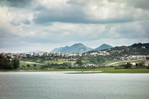 albaniealbania tirana tirane lac lake parc park albanie albania balkan montagne mountain paysage view shqiperia shqipërisë