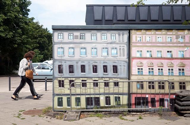heut' nur 'ne Runde um's Blöckchen / Revaler Straße / Friedrichshain / 2014