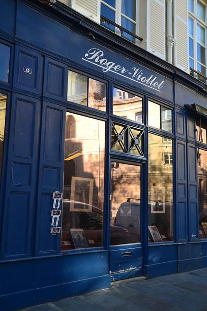 vitrine parisienne