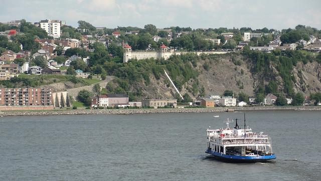 Quebec City-Levis Ferry-boat / Traversier Québec-Lévis