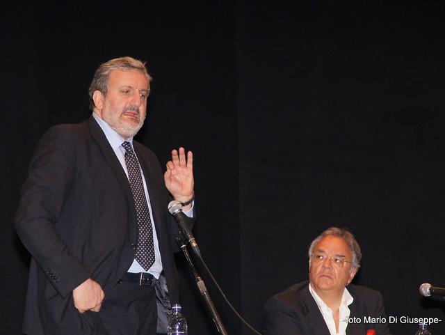 Michele Emiliano e Sergio Povia