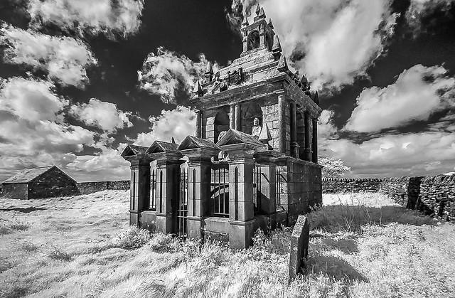 Hopper Mausoleum, Shotley