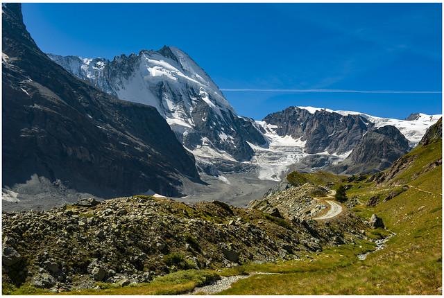 The way to  The cabane of Schönbielhütte    the Dent d'Hérens  and the Z'mutt glacier. Zermatt  Switzerland. No. 9534.