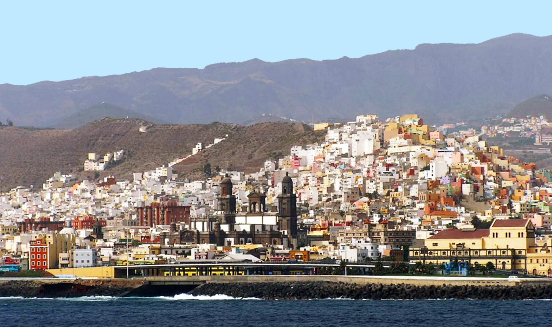 vistas de La Catedral y Risco o Barrio de San Juan y San José de Las Palmas de Gran Canaria