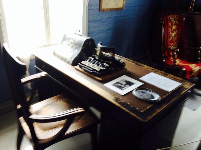Juhani Ahon työpöytä