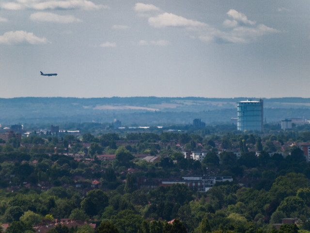Final approach to Southall gas works