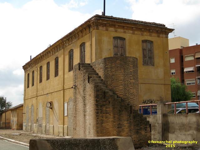 ANTIGUA ESTACION DE RENFE DE LLIRIA (Valencia)