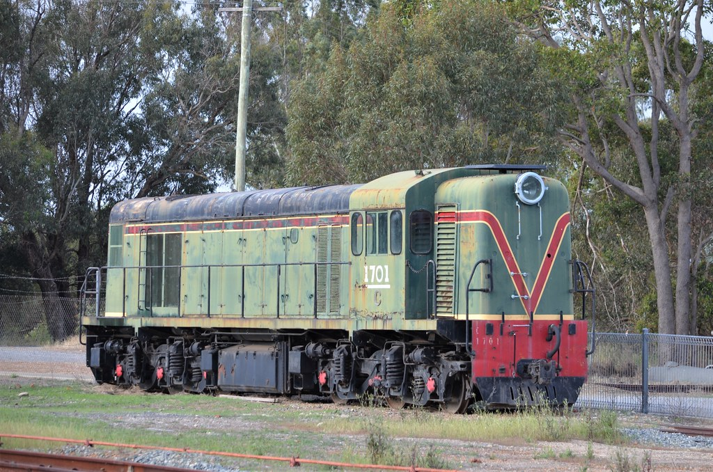C 1701 Hotham Valley Railway, Pinjarra 23/10/015 by ChrisDPom
