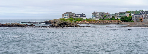 ogunquit maine me coastaltown coastal town houses house ocean oceanview view