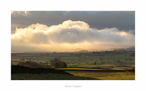 mist ribblesdale highpaleygreen giggleswich northyorkshire landscape cloud morning winter december eos5dfs canon2470f28lii