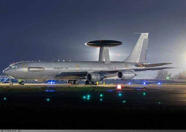 Boeing E-3F Sentry/AWACS Armée de l'air  702-CC N°203
