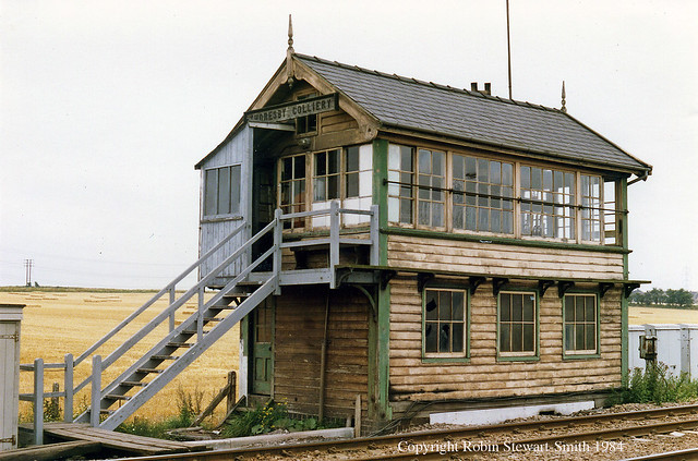 LNER Thoresby Colliery Signal Box - GCR Type 5  with 30 Levers (1926) in original LNER colours still! - 25th July 1984
