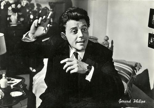 Gérard Philipe in Gérard Philipe in Monsieur Ripois (1954)