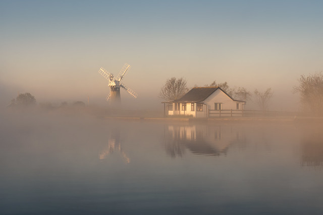 Misty sunrise on the Thurne