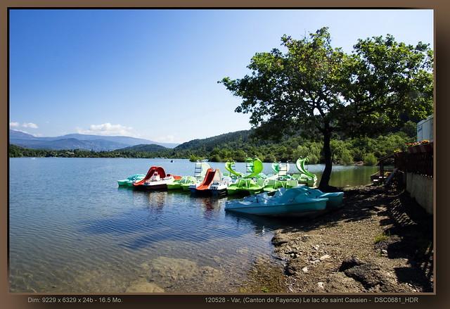 Var, (Canton de Fayence) Le lac de saint Cassien