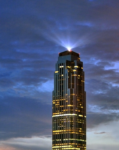 city sunset sky urban usa building tower glass architecture clouds skyscraper texas postmodern houston philipjohnson mybest beacon transcotower williamstower phillipjohnson neodeco houstonist skyarchitecture johnsonburgeearchitects aia150 lenshouston billbarfield